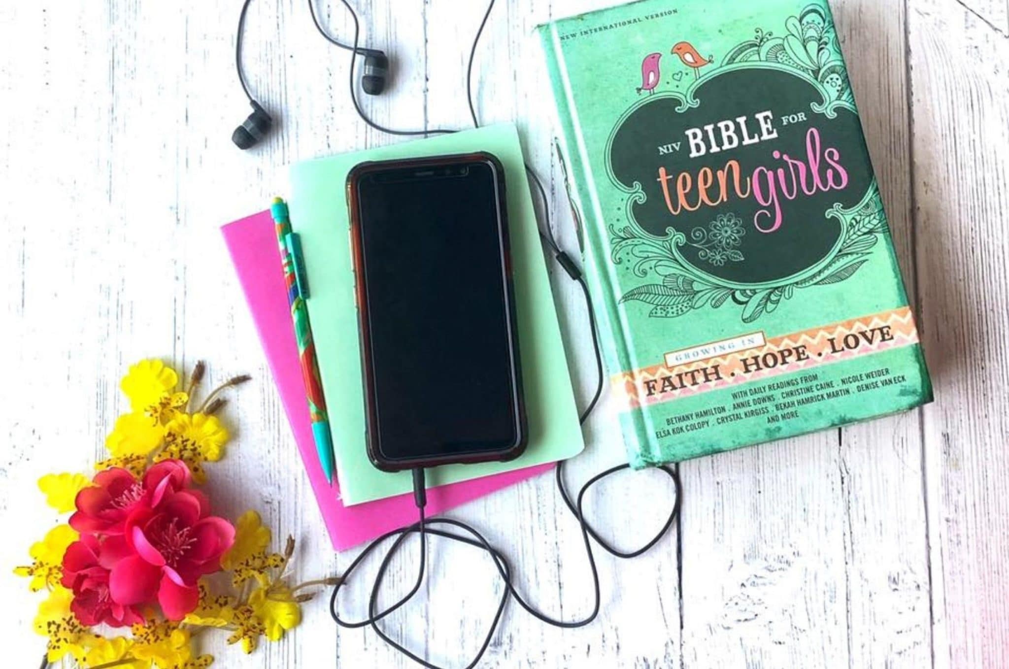 The Best Bibles for Teen Girls