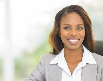4 Simple Ways to Be a Christian Woman in a Not-So-Christian Workplace