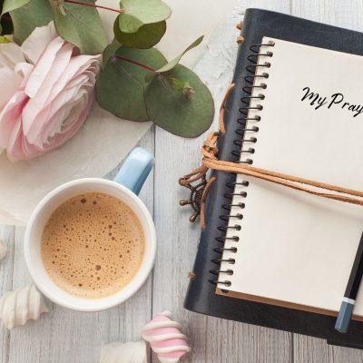 What is a Prayer Journal (and How do I Use it?)